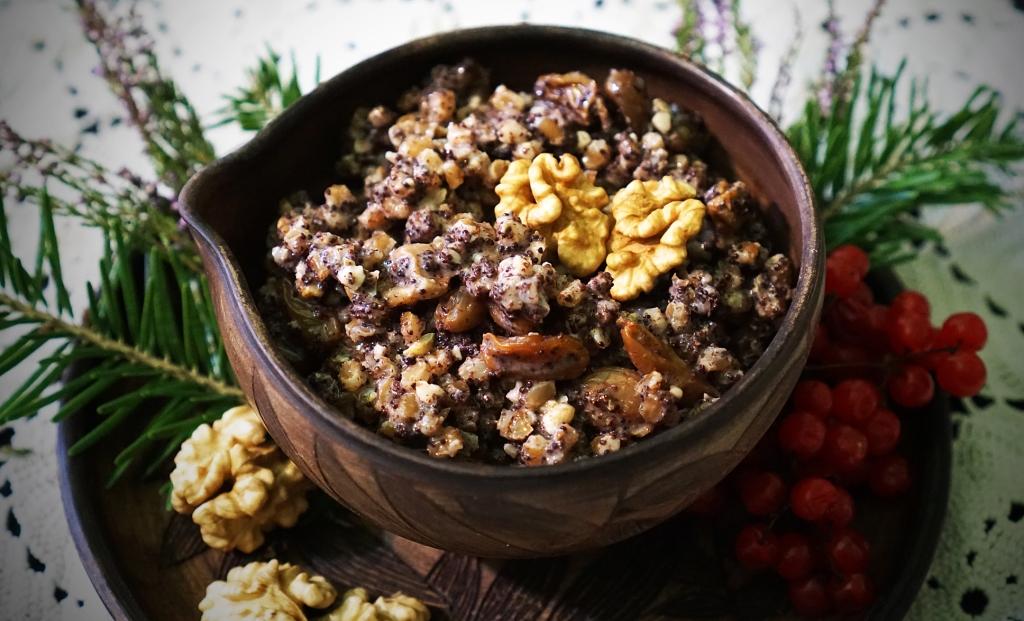 Рецепт куті з горіхами і родзинками від пані Стефи