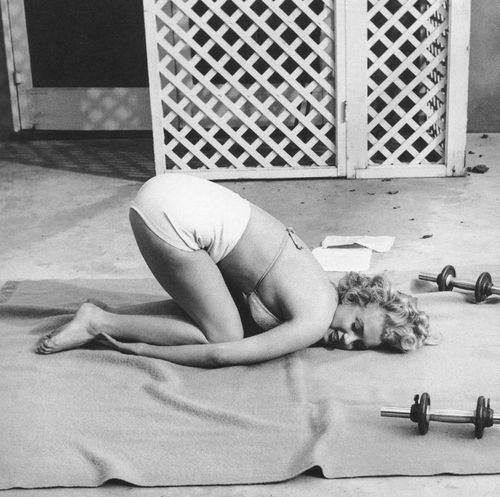 Мерилін Монро з гантелями, фотосесія