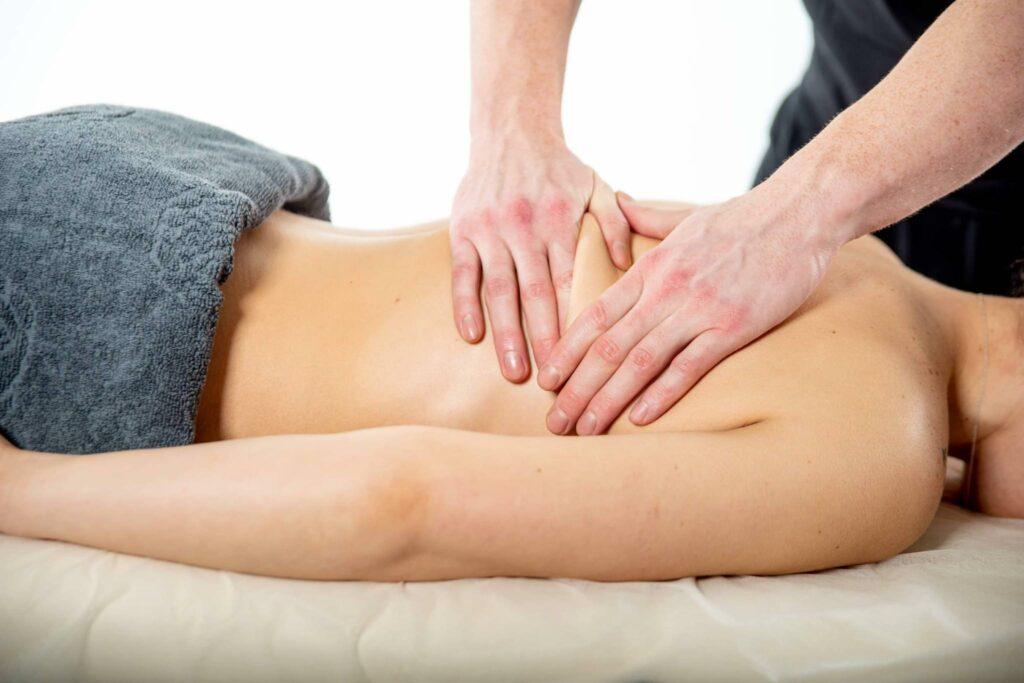 Як роблять моделюючий масаж, етапи моделюючого масажу